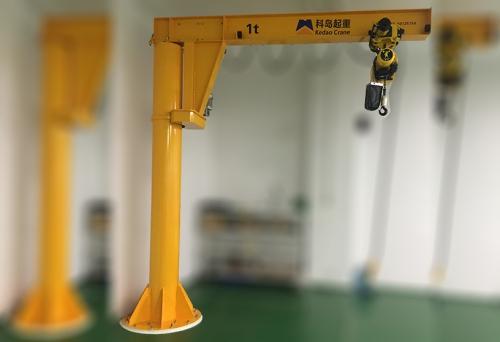 欧式悬臂吊起重机
